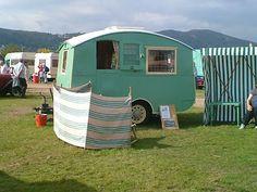 Vintage,pretty & shabby: Vintage....caravans