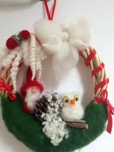 Ghirlanda con civetta bianca  gnomo e angelo di CreazioniMonica