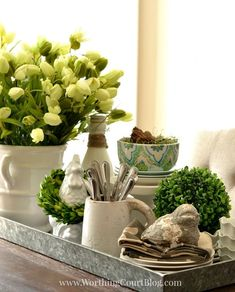 Kitchen table spring centerpiece {on a galvanized steel tray} - worthing court Kitchen Centerpiece, Dining Room Table Centerpieces, Decoration Table, Tray Decor, Kitchen Decor, Centerpiece Ideas, Galvanized Tray Centerpieces, Everyday Table Centerpieces, Table Tray