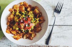 breakfast hash bowl #vegan | RECIPE on hotforfoodblog.com
