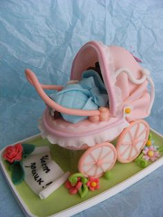 10 Fabulous Baby Shower Cakes & Cupcakes: http://mybellapearlgifts.com/10-fabulous-baby-shower-cakes-cupcakes/