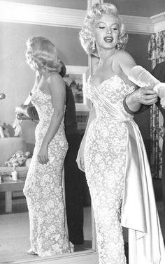 "perfectlymarilynmonroe: ""Marilyn photographed in 1953. """