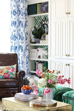 2018 SPRING HOME TOUR - Dimples and Tangles    Blue and White Robert Allen Khandar Curtains    Waverly Portobello Vase Fabric    White Built in Shelves Tropical Home Decor, Tropical Houses, Living Room Designs, Living Room Decor, Living Rooms, Built In Shelves, Floral Pillows, Spring Home, Elegant Homes