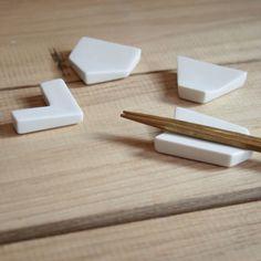 箸置き 4個セット(白) - mon cifaka online store - 岡山市の雑貨・家具などのセレクトショップ