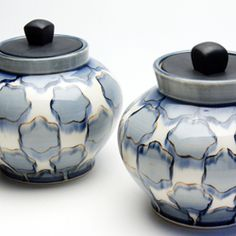 Two Jars Ceramist: Sean oConnell (courtesy via the artist's site)
