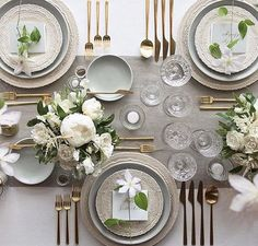 So Lovely. Tabletop details: White Lace Dinnerware + Heath Ceramics in Mist + Gold Collection Flatware + EAPG + Vintage Champagne Coupes + Antique Crystal Salt Cellars Wedding Table Settings, Place Settings, Beautiful Table Settings, Setting Table, Heath Ceramics, Vintage Champagne, Table Set Up, Table Arrangements, Flower Arrangements