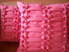 confeccionadas em qualquer cor desejada, com fechamento em ziper