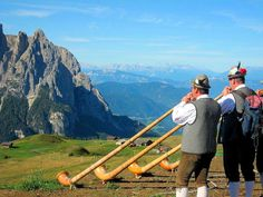 Alpine residents of the Dolomites Mountains in Italy keep the Alpenhorn traditions alive! Mountains In Italy, Italy Tours, South Tyrol, Paradise On Earth, Visit Italy, Swiss Alps, Northern Italy, Best Hikes, European Travel