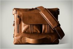 2PACK LAPTOP BAG BY HARD GRAFT - http://www.gadgets-magazine.com/2pack-laptop-bag-hard-graft/