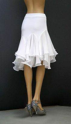 Cute flirty skirt… Stay far away from these shoes , however!material used for pleats/frillsDiscover the latest dresses with Unif Threads. From party, midi and maxi dresses to day and going out dresses and more. Shop from thousands of dresses with U Blouse And Skirt, Dress Skirt, Ballroom Dance Dresses, Ballroom Dancing, Dance Skirts, Maxi Skirts, Tango Dress, Dance Outfits, Mode Inspiration
