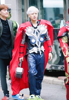 Jackson!!!!!! He's dressed as my favorite marvel character!!!!! Go Thor!!!!!!!❤️❤️❤️❤️