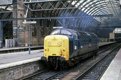 55005 'The Prince of Wales Own Regiment of Yorkshire' at Kings Cross in early 1980. (Ian Bowskill)