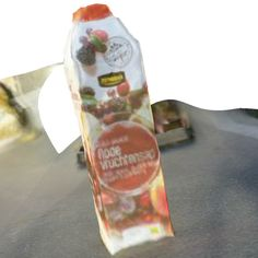 rode vruchtensap (123D Catch) #3dmodel of a carton of red fruit juice