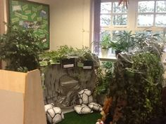We're Going on a Bear Hunt classroom display photo - Photo gallery - SparkleBox School Displays, Classroom Displays, Classroom Ideas, Reception Activities, Book Activities, Prek Literacy, Early Childhood Centre, Role Play Areas, Small World Play