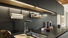 La iluminación LED en la cocina aporta una luz continúa, homogénea y sin deslumbramiento.