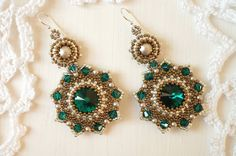 Beaded earrings Emerald with swarovski crystals