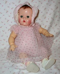 "20"" Dy-Dee BABY 1940s w/ Layette in Box -- Mold 3"