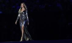 Gisele Bundchen Rio 2016 Olympic Games | Gisele Bundchen stuns during Rio Opening Ceremony runway walk | For ...
