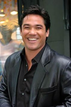 More Dean Cain...like there could ever be enough Dean Cain!! That smile though... ♥