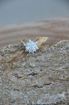 Starburst Ring Engagement Ring Vintage gold by TheFarmerAndTheWife, $60.00