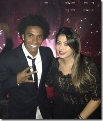 Meet lovely Vanessa Martins, the wife of soccer player Willian Borges da Silva, commonly known as Willian. The 25-year-old Brazilian footballer plays for Chelsea FC.