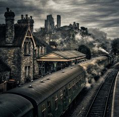 Train And Corfe Castle ~ Dorset, England (photo via imet) Corfe Castle, Dorset England, Germany Castles, Famous Castles, Exotic Places, Train Tracks, Historical Sites, Great Britain, Great Photos