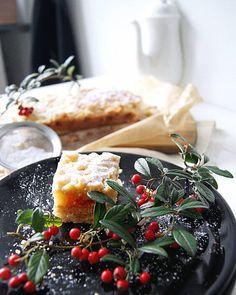 Fajny dzień dzisiajostatnie foty do sesji z mieszkania, przemiłe spotkanie z fot.Marcinem Grabowieckim ,a na deser... została jeszcze szarlotkaNo żyć nie umierać!#kuchniadomowa#szarlotka#ciasto#applepie#wypieki#instafood#deser#desert#polishkitchen#słodko#interior#interiør#whitekitchen#kuchnia#kitchen#homesweethome#homemadefood#instaphoto#simplelife#homeandliving#white#lavienphoto#smacznego#lublin#poland