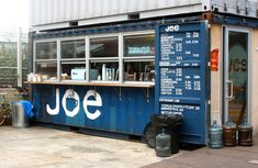 Grab the perfect iced latte @JoecofeeNYC @DekalbMarket - Joe is without a doubt one of the best coffee shops in NYC!