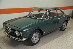 Alfa Romeo's Sports Sedan is a Future Classic: HagertyThe 2017 Alfa Romeo Giulia Quadrifoglio has Alfa Man, Alfa Romeo Gta, Alfa Romeo Giulia, Sports Sedan, Automotive Design, Cars And Motorcycles, Cool Cars, Porsche, Classic Cars