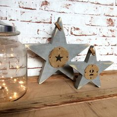 Wood Star Soben by KLC www.sobenstore.com Rustic Winter Decor, Primitive Christmas, Rustic Christmas, Christmas Crafts, Merry Christmas, Wood Stars, Wooden Decor, Christmas Colors, Decoration Noel