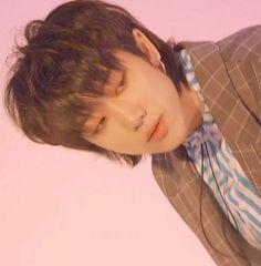 Image about kpop in seventeen by on We Heart It Hip Hop, K Pop, Woozi, Mingyu, Seventeen Minghao, Grunge, Seventeen Debut, Diamond Life, Mullets