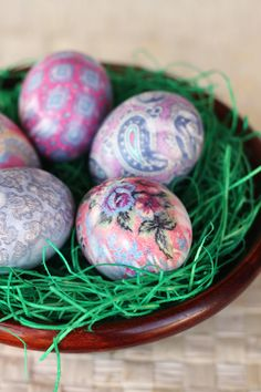 Silk tie dyed eggs in bowl