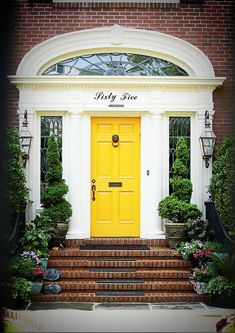FARROW AND BALL: No.279 Irresistible Yellowcake! - Palette Paint