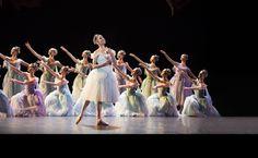 Official picture Opéra National de Paris for La Source 2014, Credit Julien Benhamou