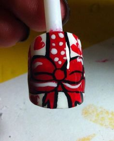Present nail for Valentine's Day (: