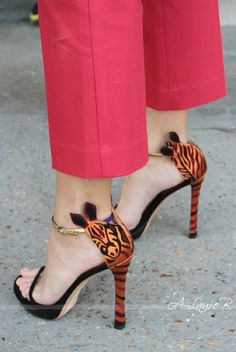 Zebra shoes. Love! Details In Streetstyle