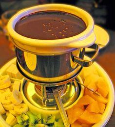 What Is Fondue | Fondue de Chocolate | Semlactose