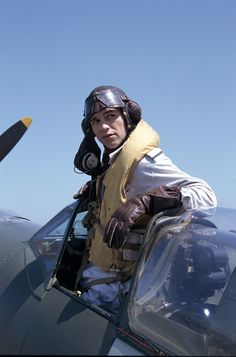 Andrew Foyle - Julian Ovenden in Foyle's War, set during World War II.