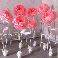 más y más manualidades: Flores gigantes sobre base de pie