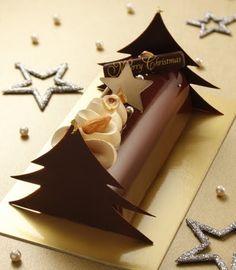 3 Christmas Log, Christmas Sweets, Christmas Goodies, Chocolate Christmas Gifts, Chocolate Gifts, Healthy Cake Recipes, Homemade Cake Recipes, Log Cake, Fancy Desserts