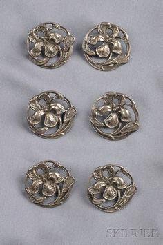 Six Art Nouveau Sterling Silver Buttons, Deakin & Francis, Birmingham, each… Silver Buttons, Metal Buttons, Vintage Buttons, Art Nouveau, Button Art, Button Crafts, Sewing A Button, Messing, Vintage Sewing