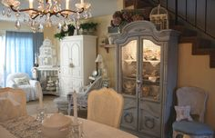romantic home shabby-chic-dining-room Shabby Chic Dining Room, French Country Dining Room, French Country Bedrooms, Shabby Chic Homes, Country Living, Country French, Country Kitchen, Vintage Country, Vintage Style