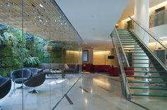 hotel equipment / hotel intercontinental