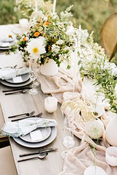 63a3cff24cc5 Modern Ethereal Wedding Inspiration by Wild Sky Events Ethereal Wedding