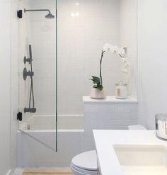 Bathtub Shower Combo Ideas For Wonderful Bathroom Area Design - Toilet Shower Combo For Sale Toilet Shower Combo, Bathtub Shower Combo, Bathroom Tub Shower, Bathroom Renos, Bathroom Layout, Bathroom Wall Decor, Bathroom Renovations, Bathroom Interior, Bathroom Mirrors