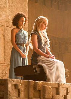 Nathalie Emmanuel & Emilia Clarke in 'Game of Thrones' (2011).
