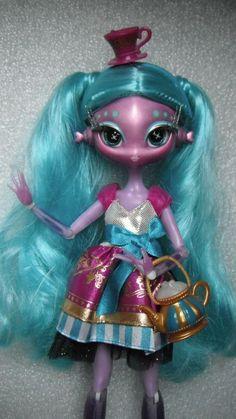 Monster High hybrid Novi Stars in | eBay