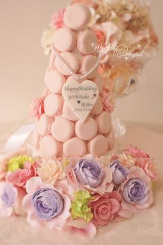 056//マカロンカラー:プリンセスピンク1色、ガーランド:オールドローズ、コロンとしたカタチのバラ、ビバーナム(アーティフィシャル)、八重桜