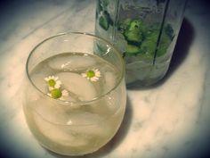 Cucumber Chamomile Fizz #myscoop #cocktailrecipes #chicentertaining