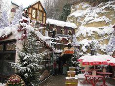 BelgiumBarb: Kerststad Valkenburg...A Christmas Market In A Cave!